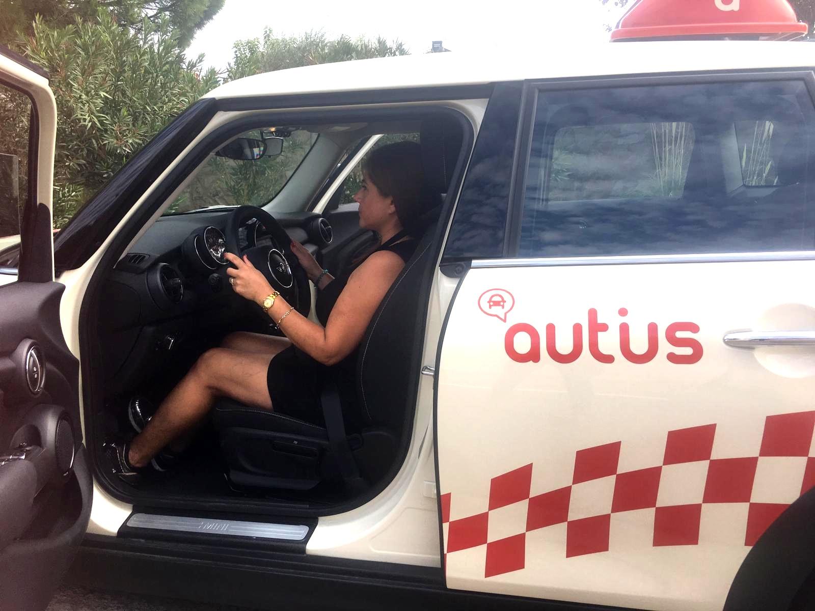 Colocación del asiento del conductor. Prácticas autius