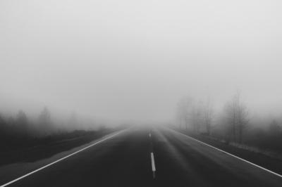 Cómo conducir con niebla