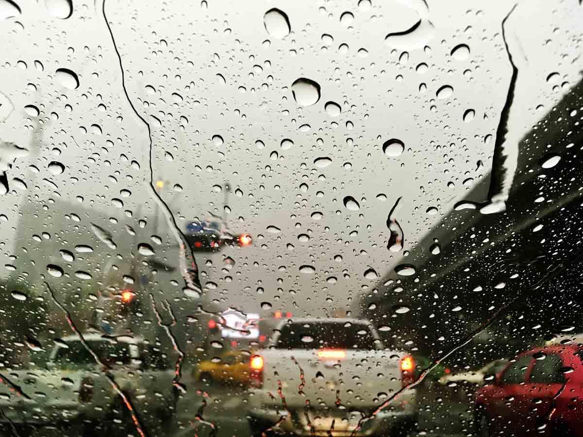 aquaplaning uno de los peligros de la lluvia
