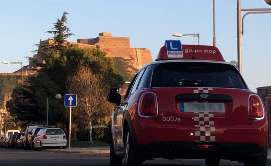 mini de prácticas autius autoescuela en Monzón