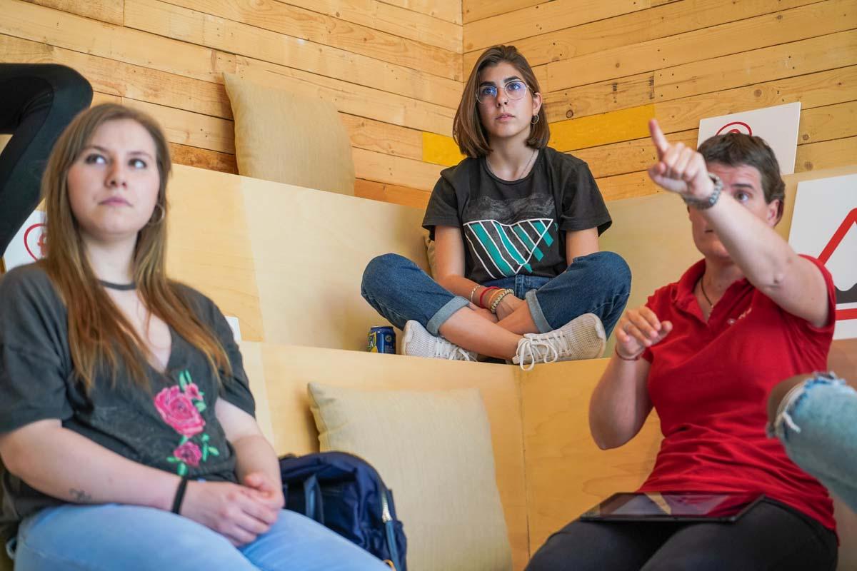 alumnos clases teóricas autius autoescuela Monzón